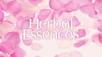 Herbal Essences Color Me Happy TV Spot 'Rosas en flor' [Spanish] - Thumbnail 9