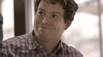 Joe's Crab Shack Corona Lime Steampot TV Spot, 'Comedy Central: Hand Model' - Thumbnail 6