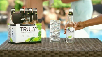Truly Spiked & Sparkling TV Spot, 'A Refreshing Twist' - Thumbnail 4