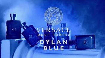 Versace Dylan Blue TV Spot, 'Pour Homme' Featuring Gigi Hadid, Alan Jouban - Thumbnail 7