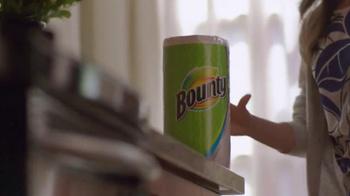 Bounty TV Spot, '¿Quién entrena a quién?' [Spanish] - Thumbnail 2