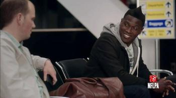 NFL Football Fantasy TV Spot, 'Friends Don't Small Talk: Airport' - Thumbnail 3
