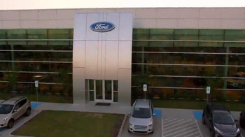 Ford Freedom Sales Event TV Spot, 'Just Announced' Song by Pitbull - Thumbnail 8