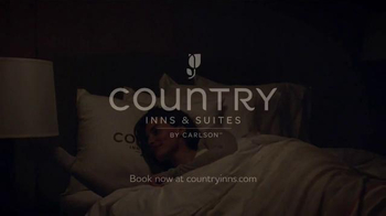 Country Inns & Suites TV Spot, 'Relax. The Rest Comes Easy.' - Thumbnail 10