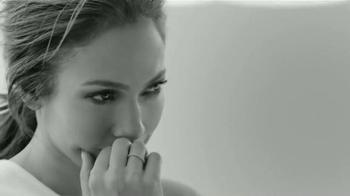 L'Oreal Paris Bright Reveal TV Spot, 'Brilla' con Jennifer Lopez [Spanish] - Thumbnail 4