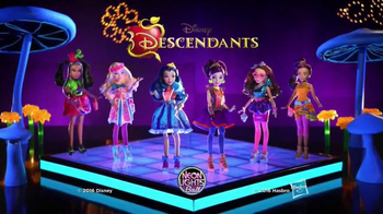 Disney Descendants Neon Lights Ball Collection TV Spot, 'Rivals Arrive' - Thumbnail 5