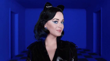 CoverGirl Katy Kat TV Spot, 'Cine negro' con Katy Perry [Spanish] - Thumbnail 1