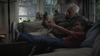 Hulu TV Spot, 'Family Room' - Thumbnail 2