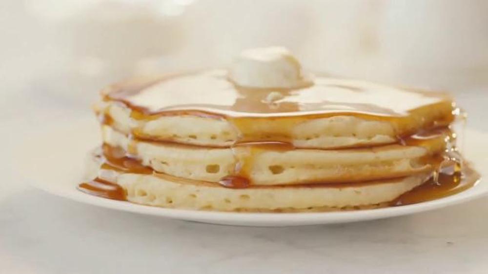 Denny's Buttermilk Pancakes TV Commercial, 'La garant??a'