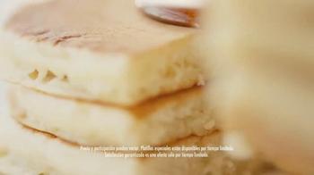 Denny's Buttermilk Pancakes TV Spot, 'La garantía' [Spanish] - Thumbnail 8