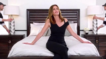 Rooms to Go 25th Anniversary Sale TV Spot, 'Big Deal' Feat. Sofia Vergara - Thumbnail 4