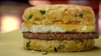 Whataburger Jalapeno Cheddar Biscuit TV Spot, 'Get Your Day Started' - Thumbnail 5