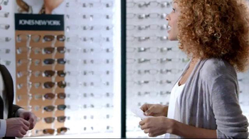 Visionworks Senior Wednesdays TV Spot, 'Bring Your Prescription' - Thumbnail 5