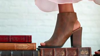 Payless Shoe Source Oferta Regreso a Clases TV Spot, 'Caminar' [Spanish] - Thumbnail 3