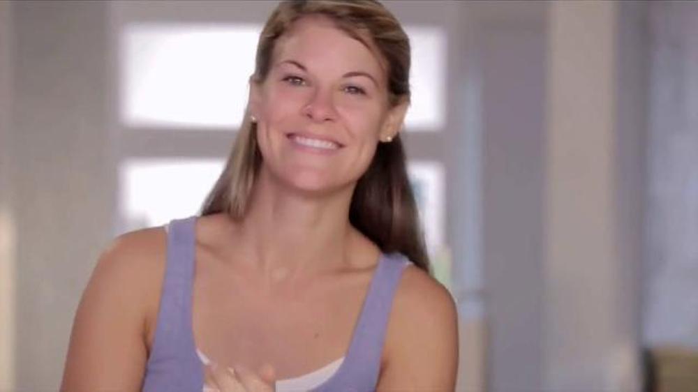 Proactiv Clarifying Coconut Mask TV Commercial, 'Summer Skin' Ft. Julianne Hough