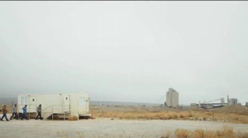 2016 Chevrolet Silverado 1500 TV Spot, 'Capacidad de remolque' [Spanish] - Thumbnail 1