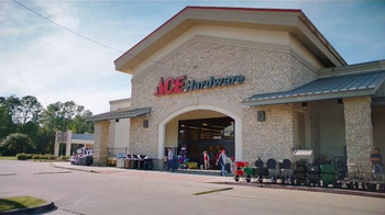 ACE Hardware TV Spot, 'Lawn Pattern Baldness' - Thumbnail 1