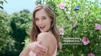 Dial Silk & Magnolia Body Wash TV Spot, 'Quiet Moments' - Thumbnail 10