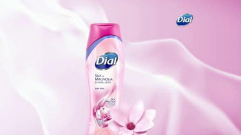 Dial Silk & Magnolia Body Wash TV Spot, 'Quiet Moments' - Thumbnail 3
