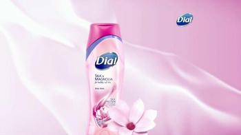 Dial Silk & Magnolia Body Wash TV Spot, 'Quiet Moments' - Thumbnail 4