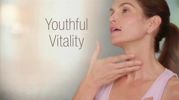 Meaningful Beauty Vitality Oil TV Spot, 'Youthful Look' Ft. Cindy Crawford - Thumbnail 2