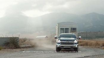 Chevrolet Silverado TV Spot, 'Construction Trailer' - Thumbnail 9