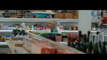 Miller Lite TV Spot, 'Feliz Día del Padre' con Marco Rodríguez [Spanish] - Thumbnail 4