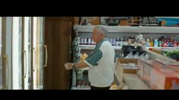Miller Lite TV Spot, 'Feliz Día del Padre' con Marco Rodríguez [Spanish] - Thumbnail 5