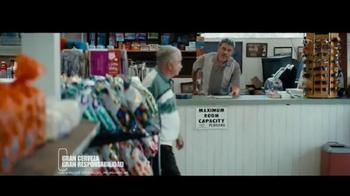 Miller Lite TV Spot, 'Feliz Día del Padre' con Marco Rodríguez [Spanish] - Thumbnail 7