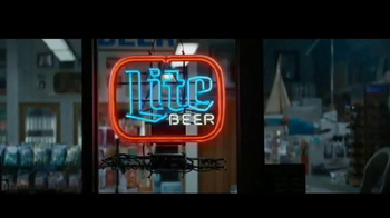 Miller Lite TV Spot, 'Aficionado del fútbol' [Spanish] - Thumbnail 10