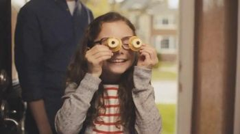 Ritz Crackers TV Spot, 'Glasses' [Spanish] - Thumbnail 8