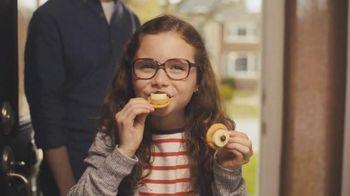 Ritz Crackers TV Spot, 'Glasses' [Spanish] - Thumbnail 9
