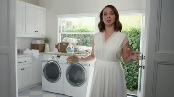 Seventh Generation TV Spot, 'Not Blue Goo' Featuring Maya Rudolph - Thumbnail 5