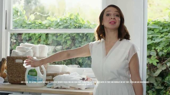 Seventh Generation TV Spot, 'Not Blue Goo' Featuring Maya Rudolph - Thumbnail 7