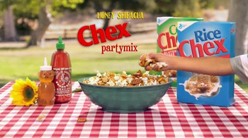 Chex Honey Sriracha Partymix TV Spot, 'Summer Magic' - Thumbnail 6