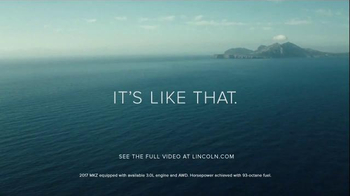 2017 Lincoln MKZ TV Spot, 'Ensemble' Ft. Matthew McConaughey, Sharon Jones - Thumbnail 10