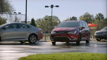 2017 Chrysler Pacifica TV Spot, 'Lazy' Featuring Jim Gaffigan - Thumbnail 4