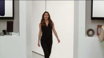 Capital One Venture Card TV Spot, 'The Mall' Featuring Jennifer Garner - Thumbnail 4
