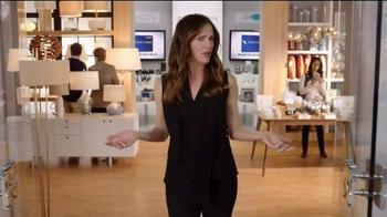 Capital One Venture Card TV Spot, 'The Mall' Featuring Jennifer Garner - Thumbnail 8