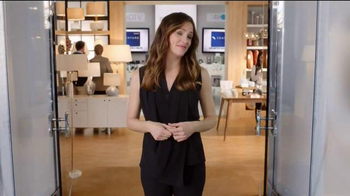 Capital One Venture Card TV Spot, 'The Mall' Featuring Jennifer Garner - Thumbnail 9