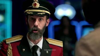 Hotels.com App TV Spot, 'Captain Obvious Hits Las Vegas' - Thumbnail 4