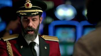 Hotels.com App TV Spot, 'Captain Obvious Hits Las Vegas' - Thumbnail 6