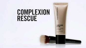 Bare Minerals Complexion Rescue Tinted Gel Cream TV Spot Ft. Shanina Shaik - Thumbnail 7