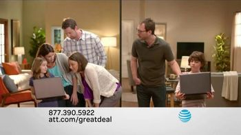 AT&T High Speed Internet TV Spot, 'Two Alike Sisters'