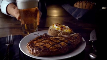 Longhorn Steakhouse Grilled Tastes of Summer TV Spot, 'Nothing Better' - Thumbnail 3
