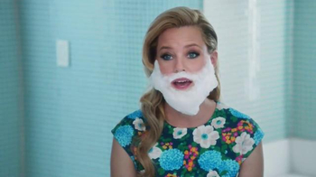 Realtor.com TV Spot, \'Dream Bathroom\' Featuring Elizabeth Banks
