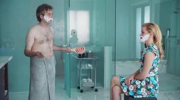 Realtor.com TV Spot, 'Dream Bathroom' Featuring Elizabeth Banks - Thumbnail 7