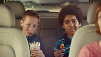 Lunchables Kabobbles TV Spot, 'Car Wash' Song by David Naughton - Thumbnail 7