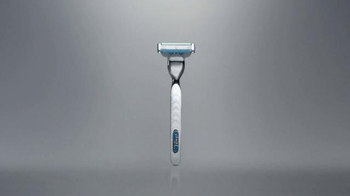 Gillette Mach3 Turbo TV Spot, 'Ten Shaves: Shave Club' Song by Underworld - Thumbnail 8