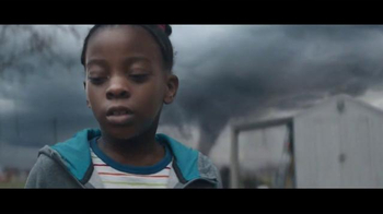 Procter & Gamble TV Spot, 'Gracias Mama: Fuerza:' [Spanish] - Thumbnail 4